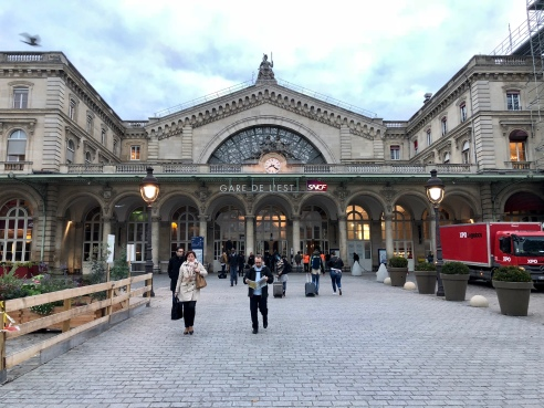 The front of the Gare de'Est.